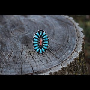 Jewelry - Vintage Navajo Turquoise and Coral Ring